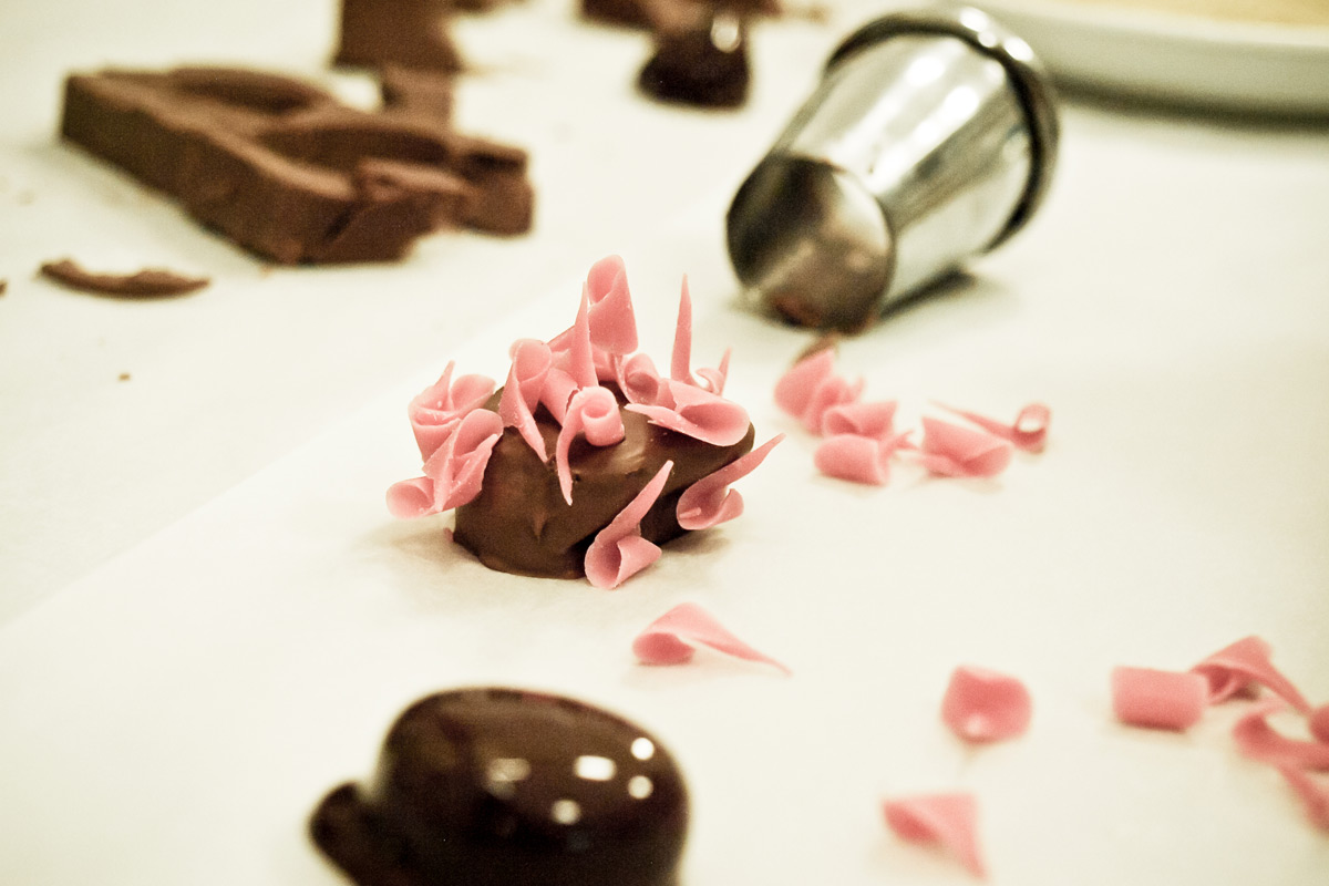Luxury Chocolate Making Workshop Including Bubbly for One