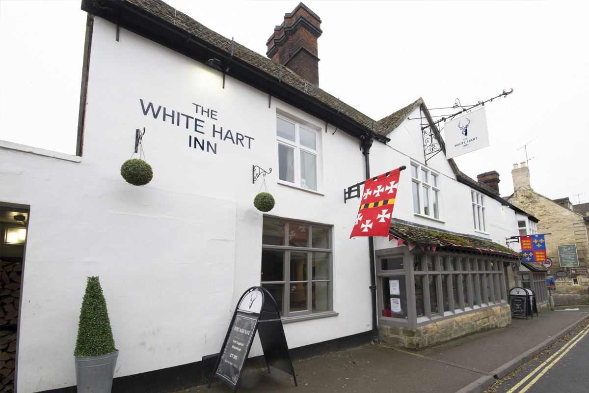 One Night Cotswolds Break with Dinner for Two at The White Hart Inn