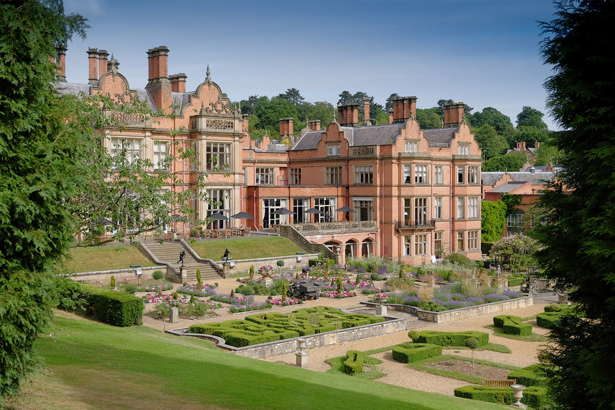 One Night Stratford-upon-Avon Break with Dinner for Two at Hallmark Hotel The Welcombe