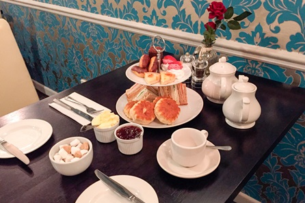 Afternoon Tea for Two at the South Lawn Hotel