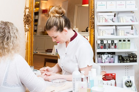 Champneys City Spa Express Manicure and Back Massage