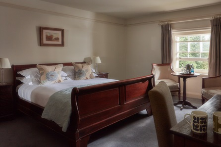 One Night Countryside Break with Dinner for Two at The Elms, Worcestershire