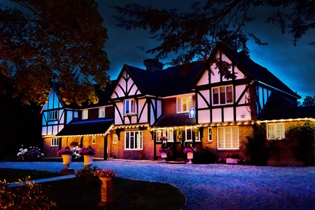 Two Night Garden of England Escape with Champagne for Two at Little Silver Country Hotel