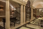 One Night Break with Prosecco for Two at the 5* Roseate Reading